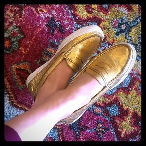 Classic Cole Haan GOLD Weekender Loafers/Slides